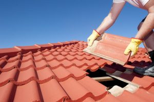 8 Warning Signs That You Need A New Roof In Johnson County