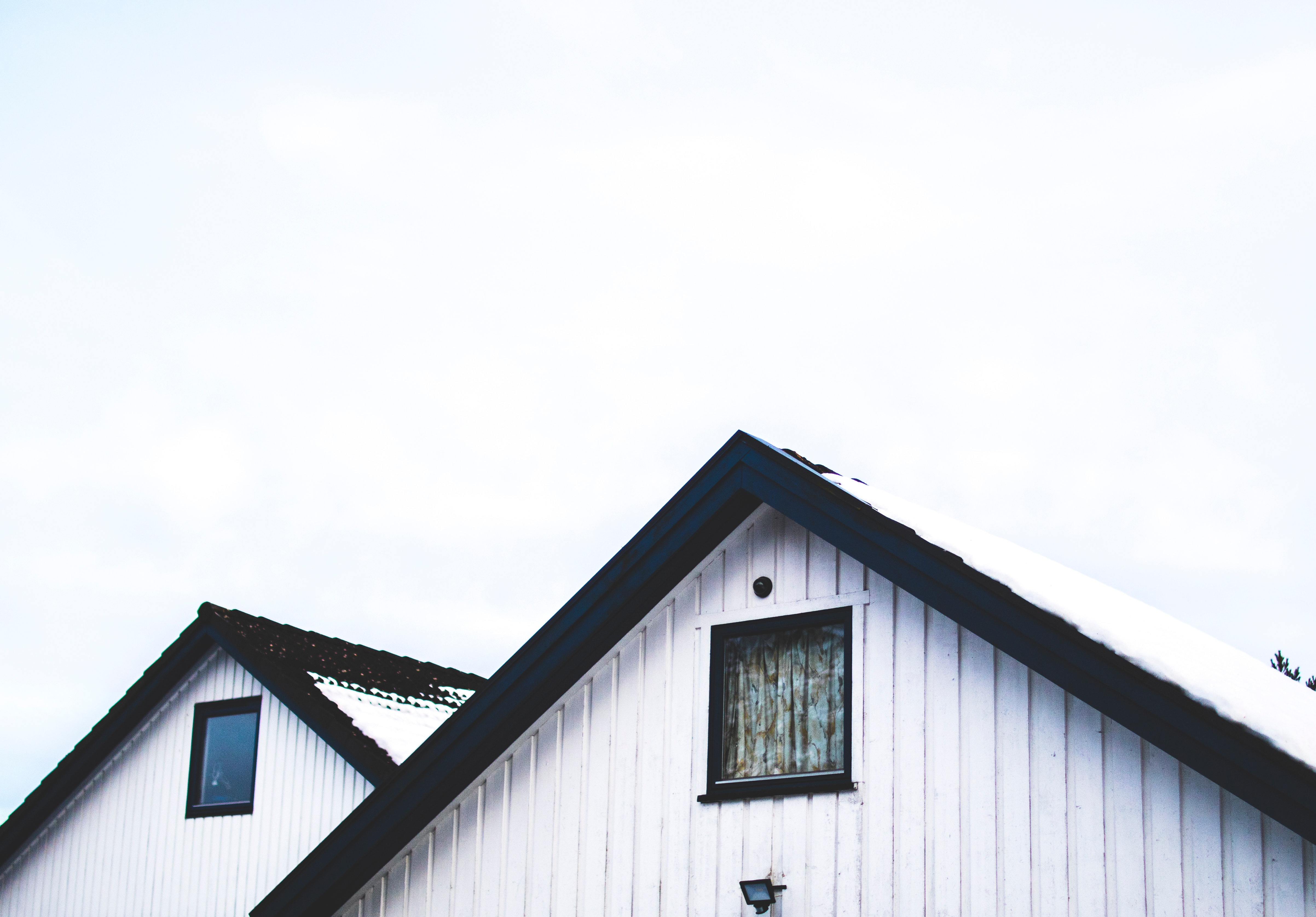 Roof Maintenance Tips Before Winter