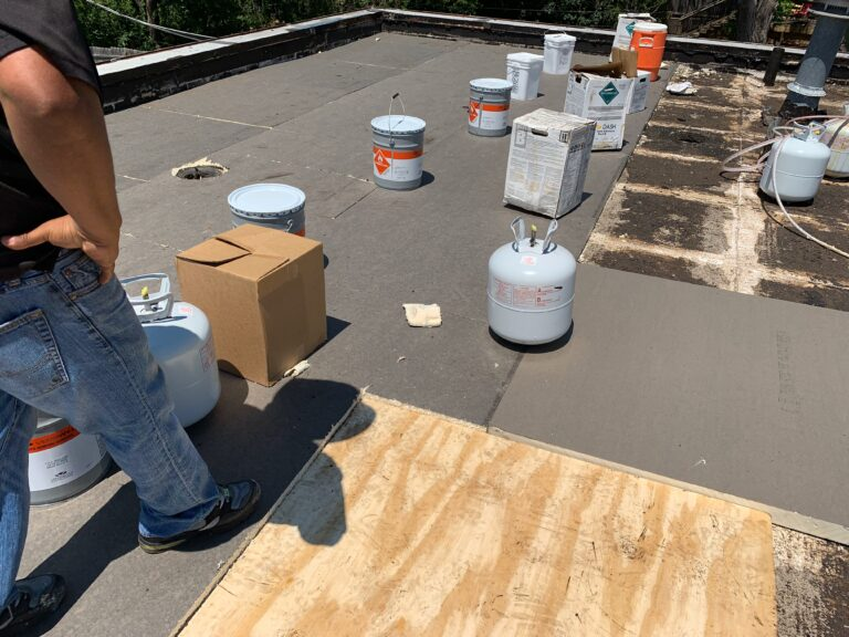 How to Seal a Flat Roof?