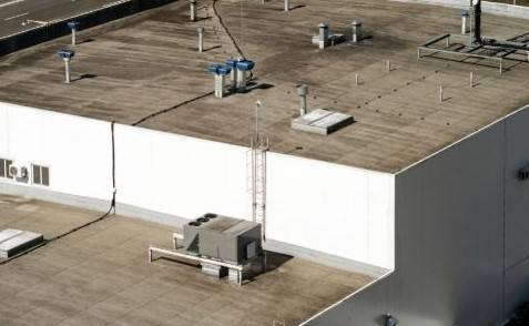 Common Commercial Roof Dangers to Avoid